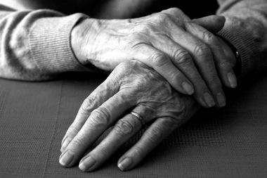 hands_002-thumb1